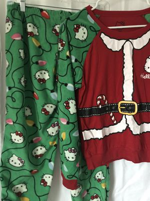 Hello Kitty Sanrio Holiday GIRLS Large Universal Studios pj set for Sale in Glastonbury, CT