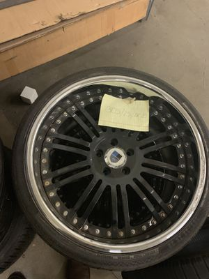 Asanti tire and rims 2 only both for 300 size 305/25/zr20 for Sale in Fairfax, VA