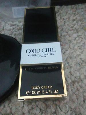 🌼Good Girl Carolina Herrera Body Cream & Coin Purse for Sale in Schaumburg, IL