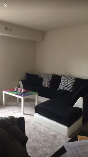 Couch for Sale in Pasadena, MD