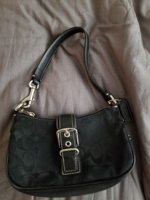 Authentic Coach purse for Sale in Nashua, NH