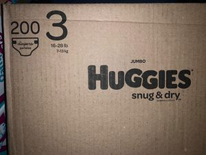 Huggies size 3 Snug Dry diapers for Sale in Downey, CA
