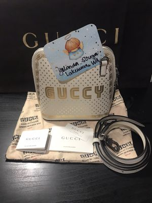 Guccy by Gucci mini Shoulder Bag Leather White Gold 511189 213317 for Sale in Tacoma, WA
