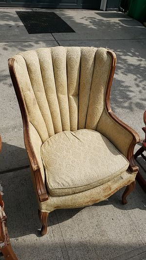 Cushioned Antique chair for Sale in Portland, OR