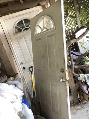 Free. Exterior door for Sale in Brooklyn, NY