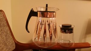 Vintage Pyrex Atomic Starburst coffee carafe w/vintage sugar for Sale in Montgomery Village, MD