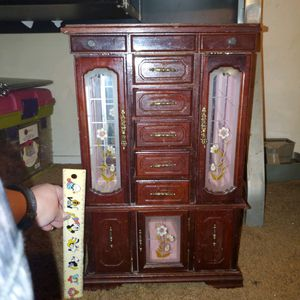 "Vintage Cherry Wood Jewelry Cabinet/Wooden Jewelry Display/Antique Jewelry Armour with Painted Flower Windows 21"" x 13"" for Sale in Las Vegas, NV"