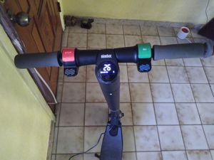 Segway ninebot perfect condition but LCD on top don't let me touch nothing and front wheel froze stuck selling $250 for Sale in Miami, FL