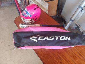 Girls softball bag with equipment for Sale in Bakersfield, CA
