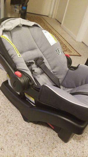 Graco Snugride 35 Infant Car Seat for Sale in Ocoee, FL