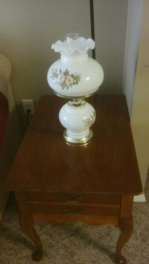 End table and lamp for Sale in Quincy, IL