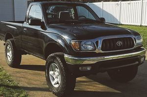 Strong frame and engine TOYOTA TACOMA 2001 for Sale in West Valley City, UT