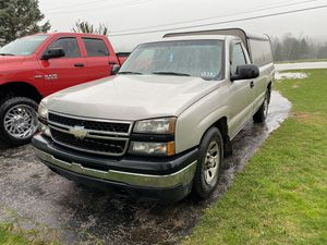06 Chevy Silverado 1500 for Sale in Felton, PA