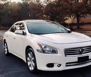 2011 Nissan Maxima-SV/Great Shape. 4WDWheelss for Sale in Chesapeake, VA