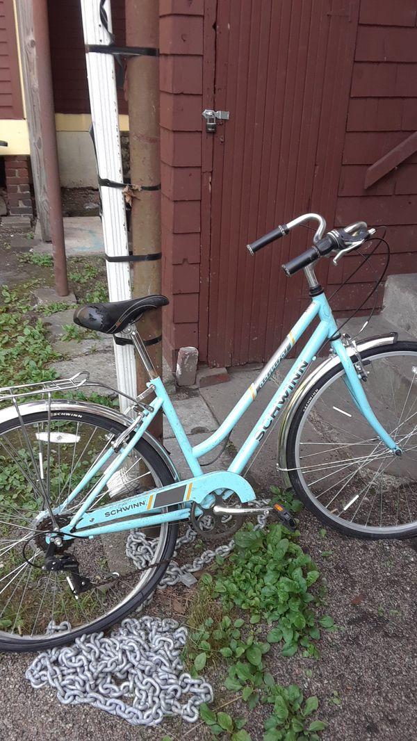 Schwinn 26 inch girls bike
