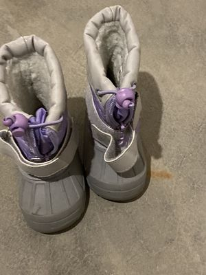 Koala kid snow boots size 6 toddler girls for Sale in Aurora, IL
