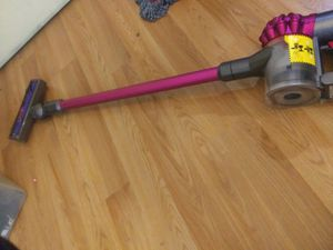 Dyson 2 in 1 handheld and moterhead vacuume for Sale in Las Vegas, NV