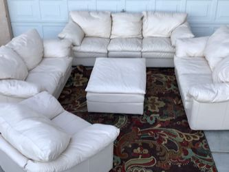 5 Piece Cream Leather Sofa Set for Sale in Henderson,  NV