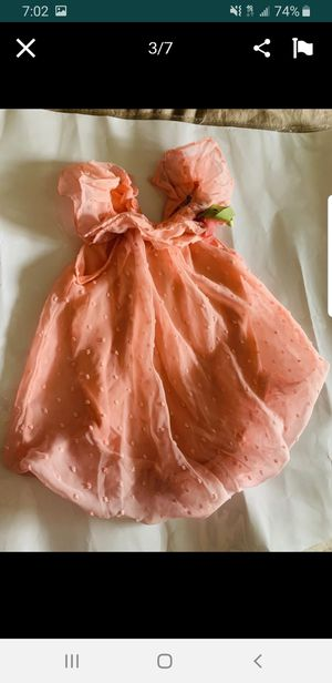 Baby girl dress fits sizes 0-3 for Sale in New York, NY