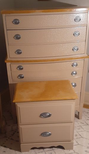 Refurbished chest and nightstand for Sale in Atlanta, GA