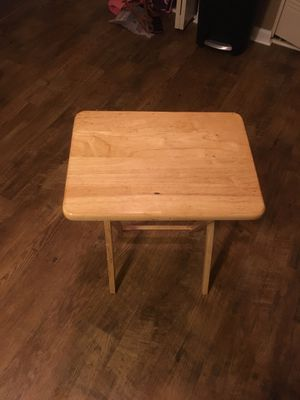 Small wooden desk and sturdy for Sale in Bowling Green, KY