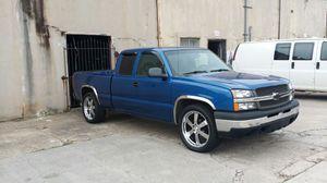 2003 Blue Chevrolet Silverado (Excellent Condition) for Sale in Atlanta, GA