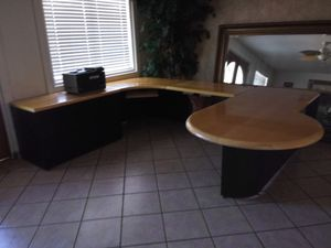 Big office desk for Sale in Peoria, AZ