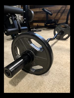 Brand new Olympic EZ Easy Bicep curl bar barbell 35 lb weight set (not negotiable) for Sale in Chula Vista, CA
