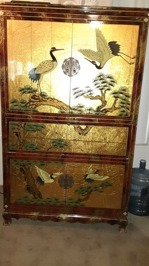 Antique Asian armoire for Sale in Anaheim, CA