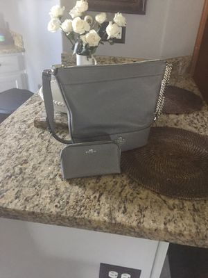 Coach handbag with cosmetic bag for Sale in West Richland, WA