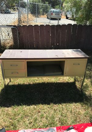 Desk/cabinet for Sale in Hayward, CA