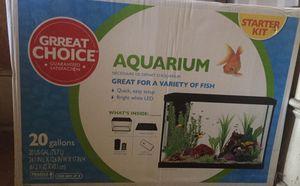 20 gallon fish aquarium for Sale in Fort Defiance, VA