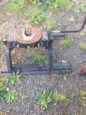 RBW 5th wheel hitch for Sale in Central Point, OR