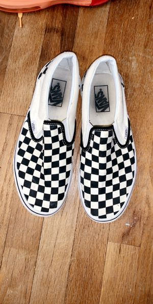 Unisex checkered vans men's 7.5 and women's 9 shoes for Sale in East Hartford, CT