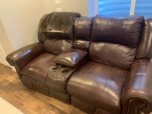 Couch 100.00 for Sale in Highlands Ranch, CO