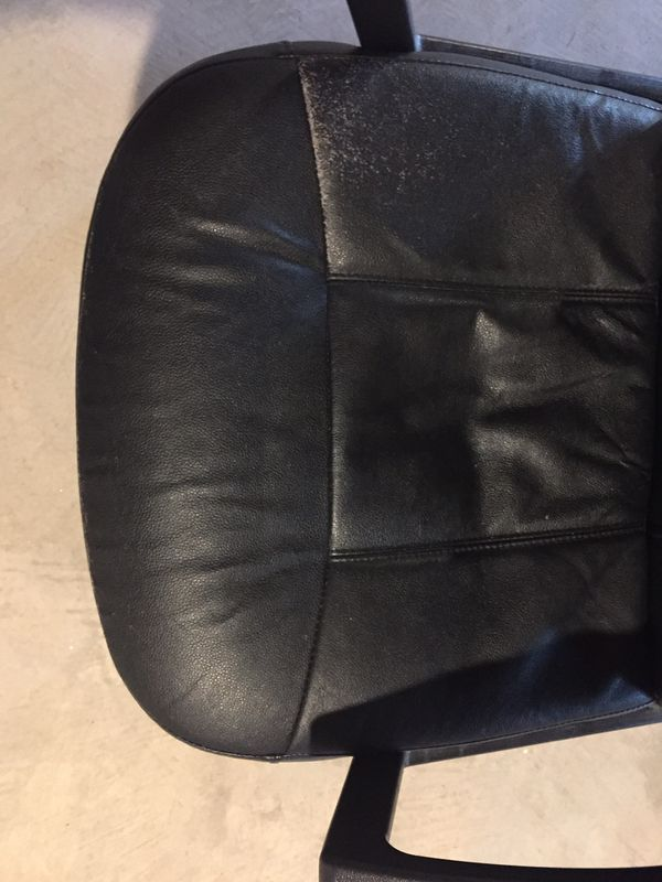 FREE - Recliner and computer chair
