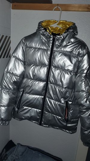 RAW New York puffer jacket for Sale in Moreno Valley, CA