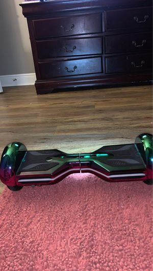 BLUEBOOTH WORKING HOVERBOARD WITH CHARGER for Sale in Pineville, LA