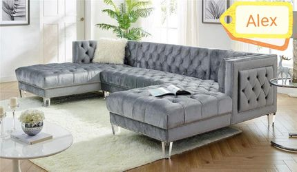 🐨🐨 Brand new Sectional couch oversized grey🌼🌼 No credit check🕊️🕊️Only $39 down payment for Sale in Houston,  TX
