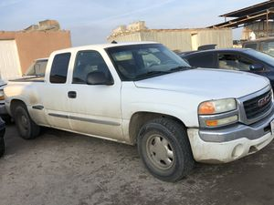 2003 gmc stepside sierra parts only for Sale in Delano, CA