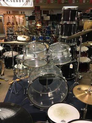 Ludwig Vistalite 5 pc. Drum set. for Sale in Parma Heights, OH