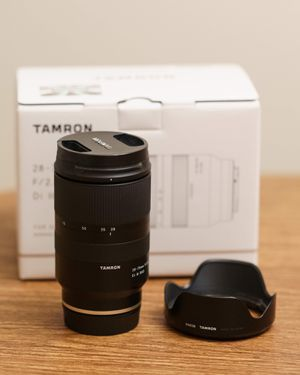 Tamron 28-75mm f/2.8 Di III RXD Lens for Sony E mount for Sale in Seattle, WA