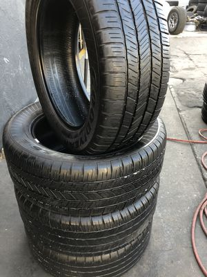 275/55R20 GoodYear tires (4 for $240) for Sale in Whittier, CA