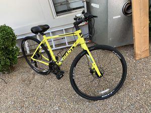 Giant street bike for Sale in Henderson, NV