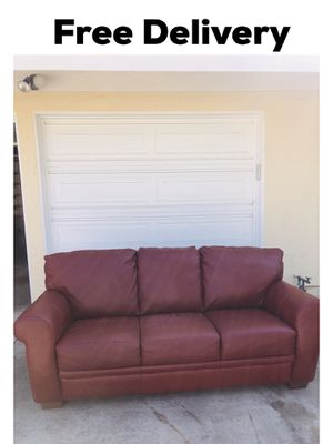Leather Red Sectional Loveseat Couch sofa for Sale in Fullerton, CA