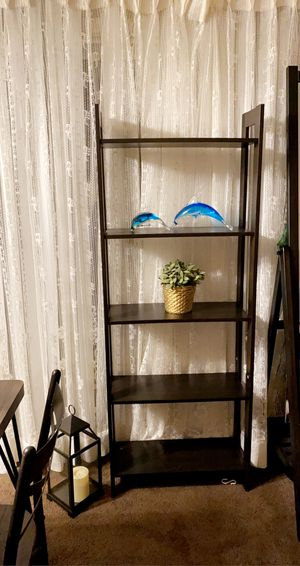 5 black shelf very good condition size 25_65 inch for Sale in South San Francisco, CA