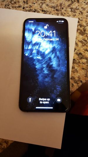iPhone 11 pro Max 256gb Factory unlock for Sale in Vancouver, WA
