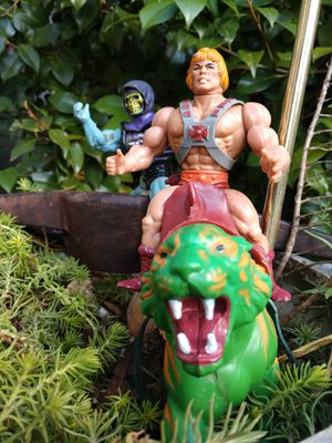 vintage Heman skeletor and battlecat figurines for Sale in Anderson, SC