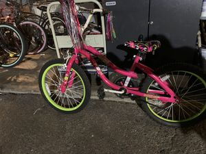 Schwinn kids bike for Sale in Stanton, CA