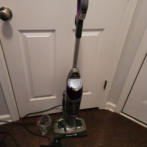 Bissell Pet Vacuum for Sale in Chapin, SC